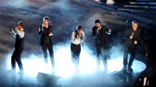 watch take that concert live stream free