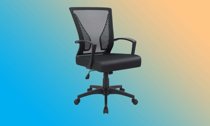 best office chairs: Furmax Office Mesh Chair with Armrest