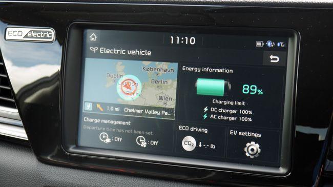 تفاصيل السيارة الكهربائية الجديدة (2019) Kia e-Niro 10