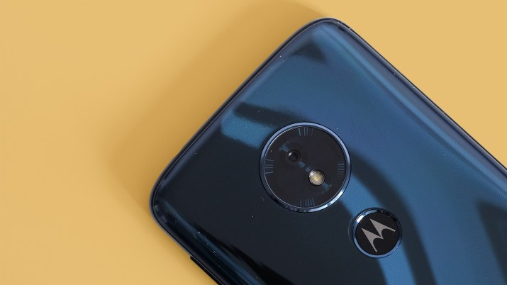 Moto G6 vs Moto G6 Play