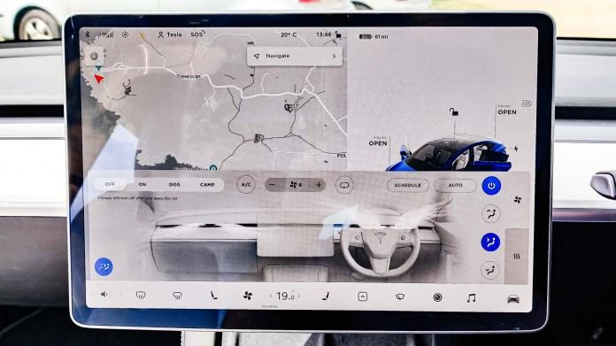 Tesla Model 3 dashboard display