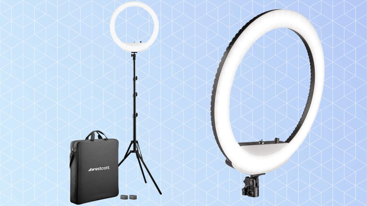 Best ring lights: Westcott 18-inch Bi-Color LED Ring Light Kit with Batteries and Stand
