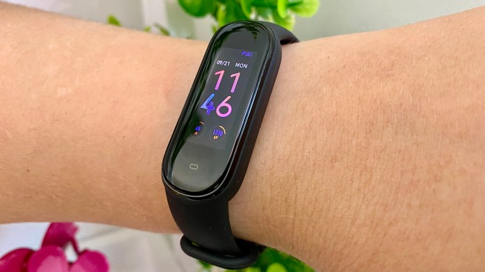 best fitness trackers: amazfit band 5