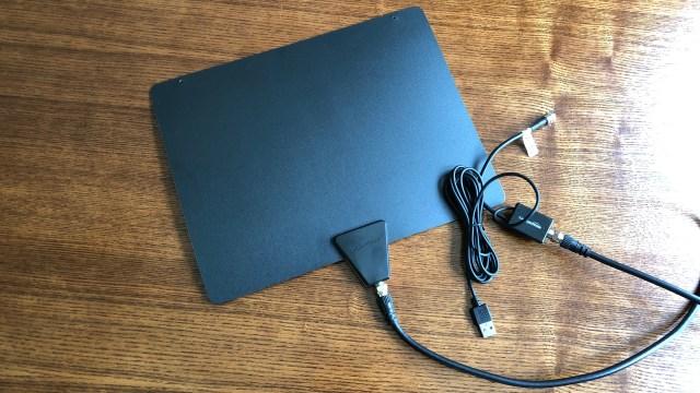 Best indoor TV antenna: AmazonBasics Ultra-Thin Antenna