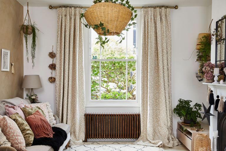 country curtain ideas for living rooms