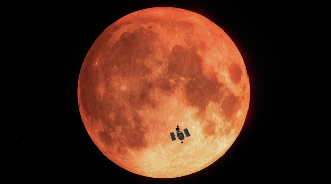 ilustração mostra o Telescópio Espacial Hubble em frente a uma imagem da lua durante um eclipse lunar.