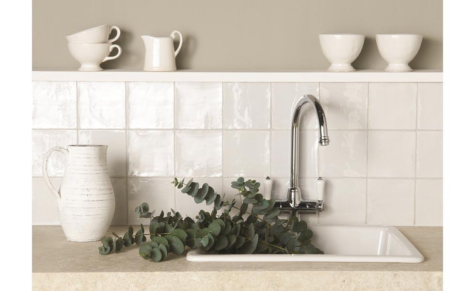 diy advice on how to paint tiles easily