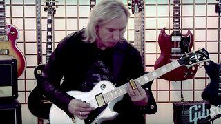 Joe Walsh Teaches the Duane Allman Slide Method As He ...