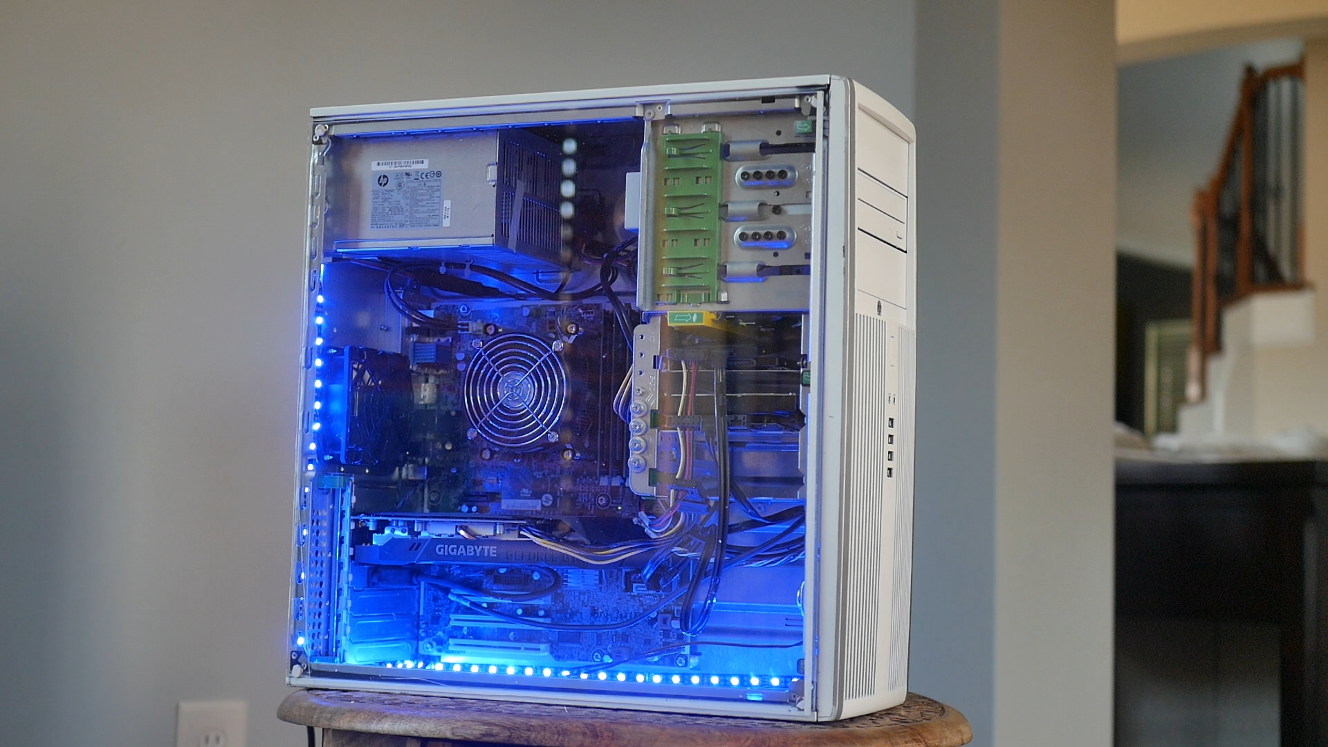 350 gaming pc that can play aaa games
