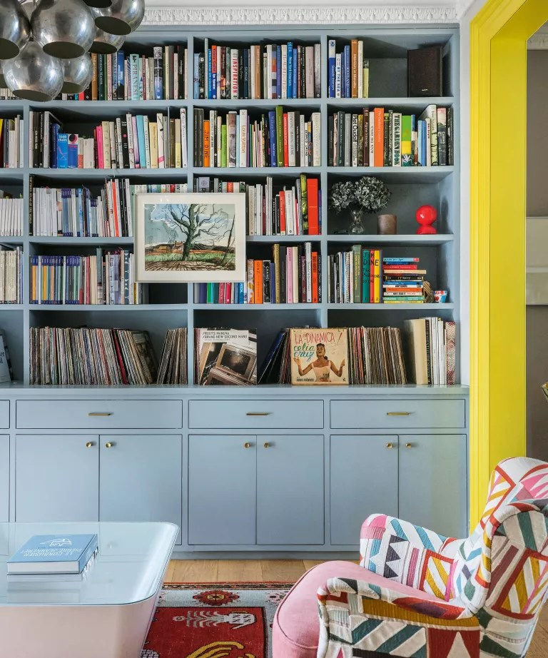 Living room wall ideas with book storage