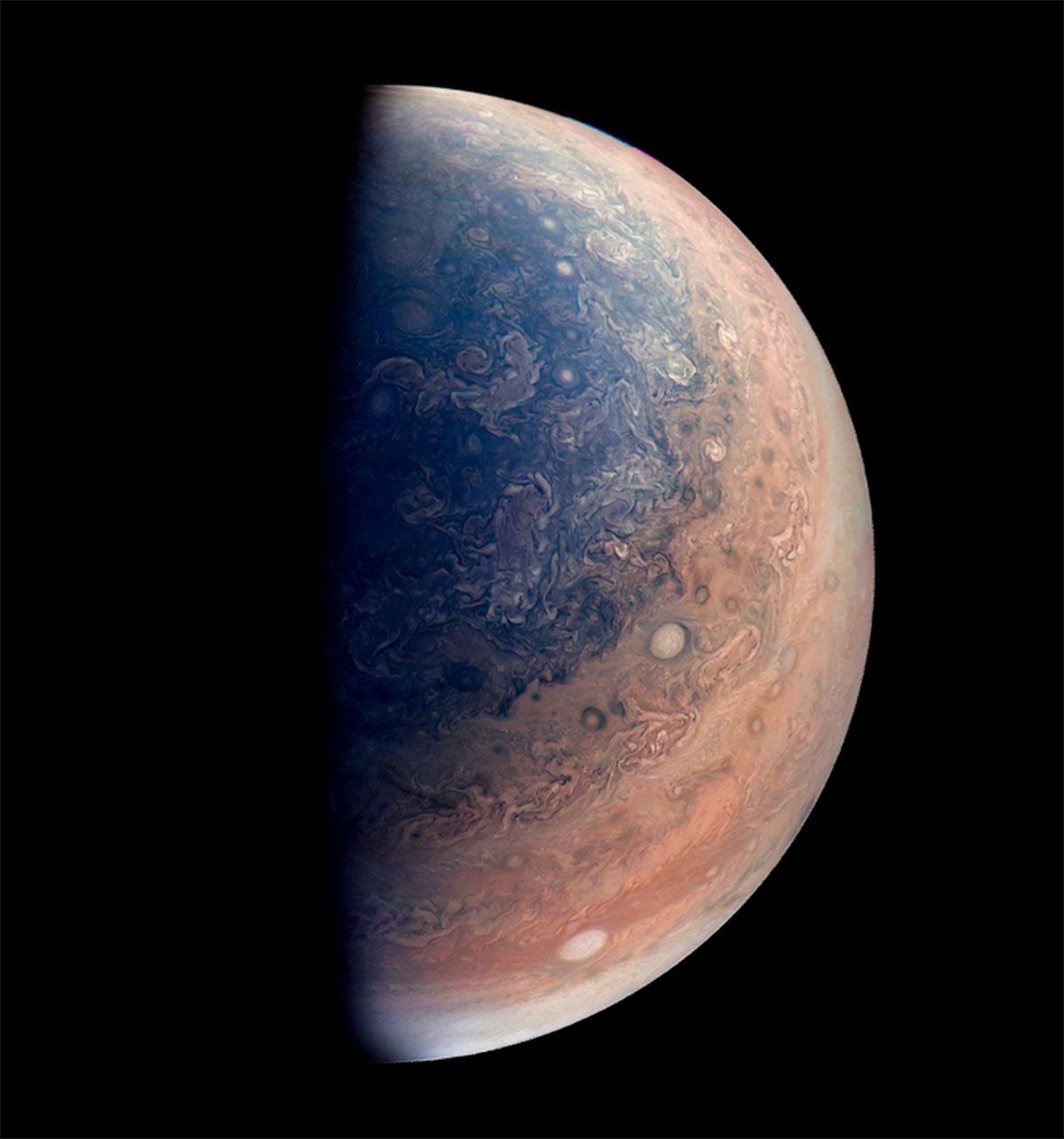 Oceans On Jupiter Gas Giants Might Start Out As Steam