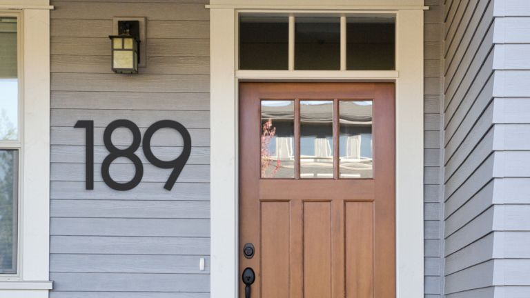 12 Bold House Number Plaque Ideas