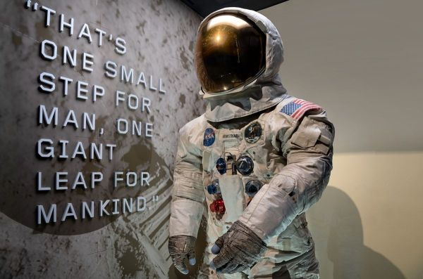 Neil Armstrong's Apollo 11 Spacesuit is Now Back on ...
