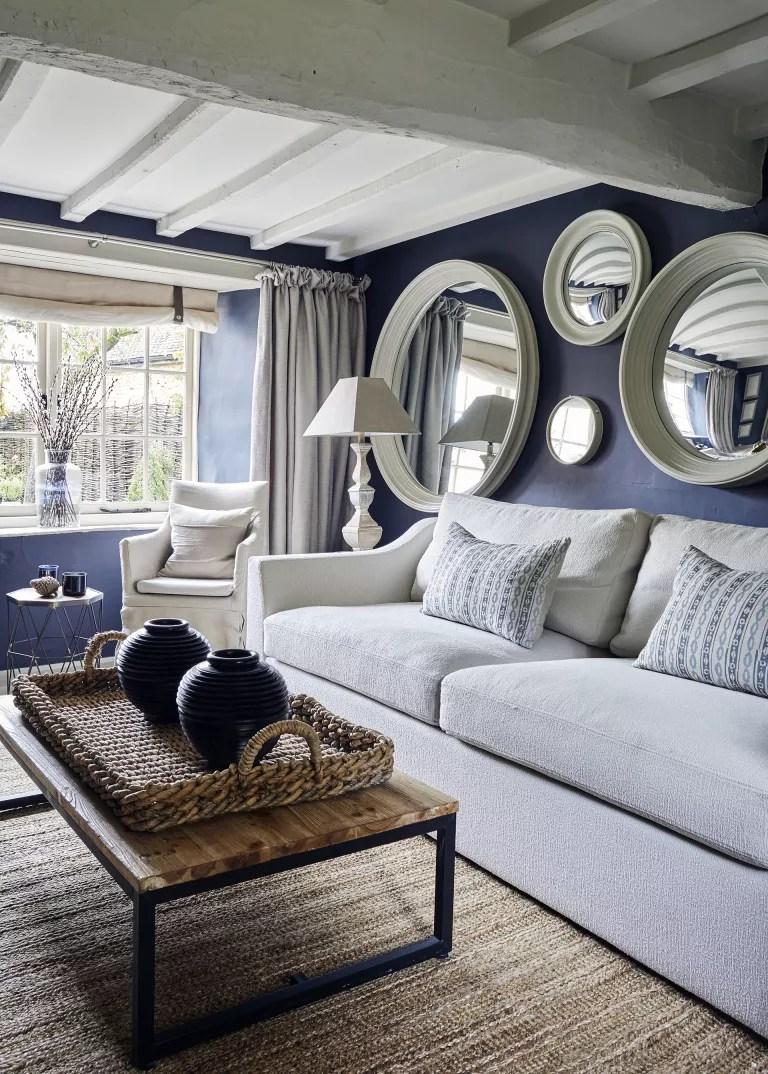 Cottage living room ideas – Brent Darby Bee Osborne living room