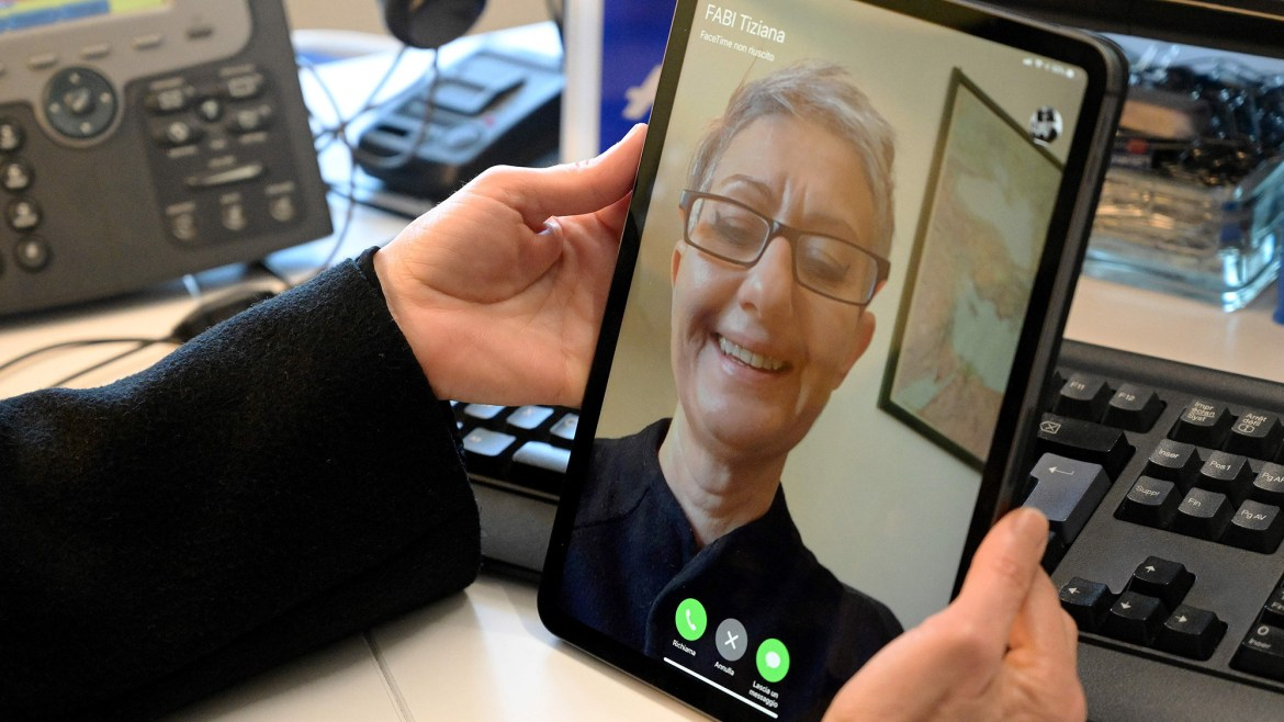 Best video chat apps: FaceTime