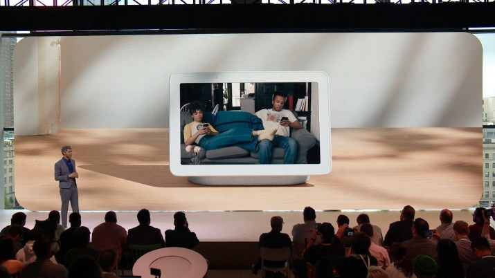 Google Home Hub vs Amazon Echo Show