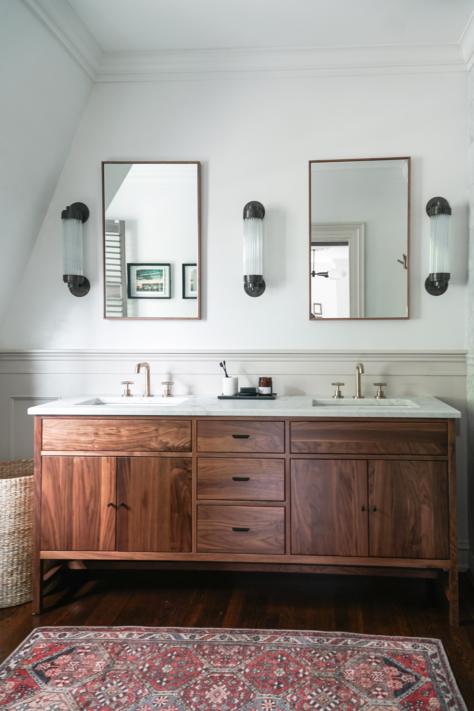 15 bathroom lighting ideas to brighten