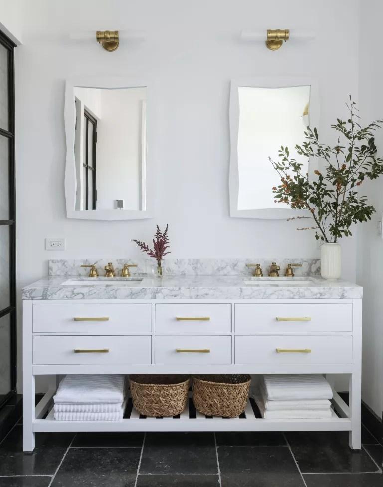 California casual bathroom