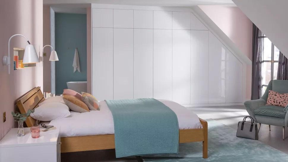 Guest Bedroom Ideas - built in wardrobes