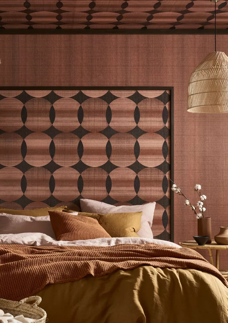 retro brown wallpaper in the bedroom on the ceiling, Graham & Brown
