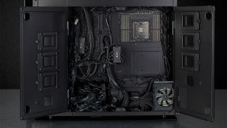 The Corsair Obsidian 1000D's French doors in action