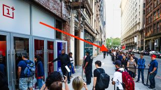 These people don't seem to care – NYC OnePlus 6 pop-up sale
