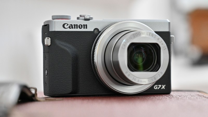 Best compact camera: Canon PowerShot G7 X Mark III
