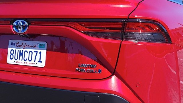 Close-up of FuelCell badge on Toyota Mirai (2021)
