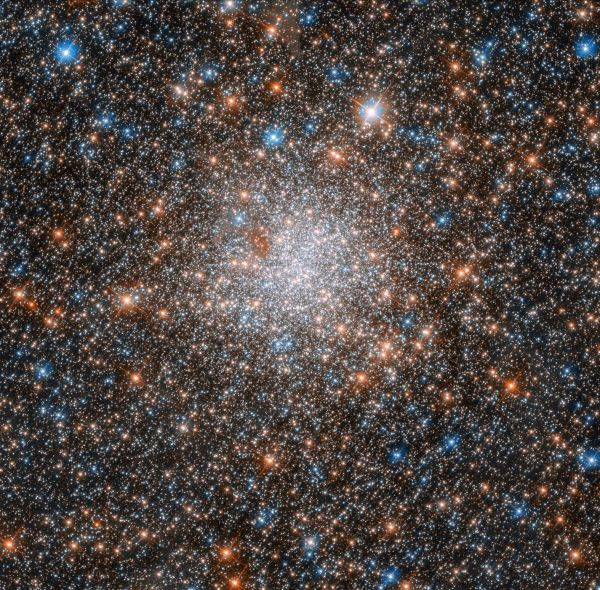 Dizzying Array of Stars Dazzles in New Hubble Photo | Space