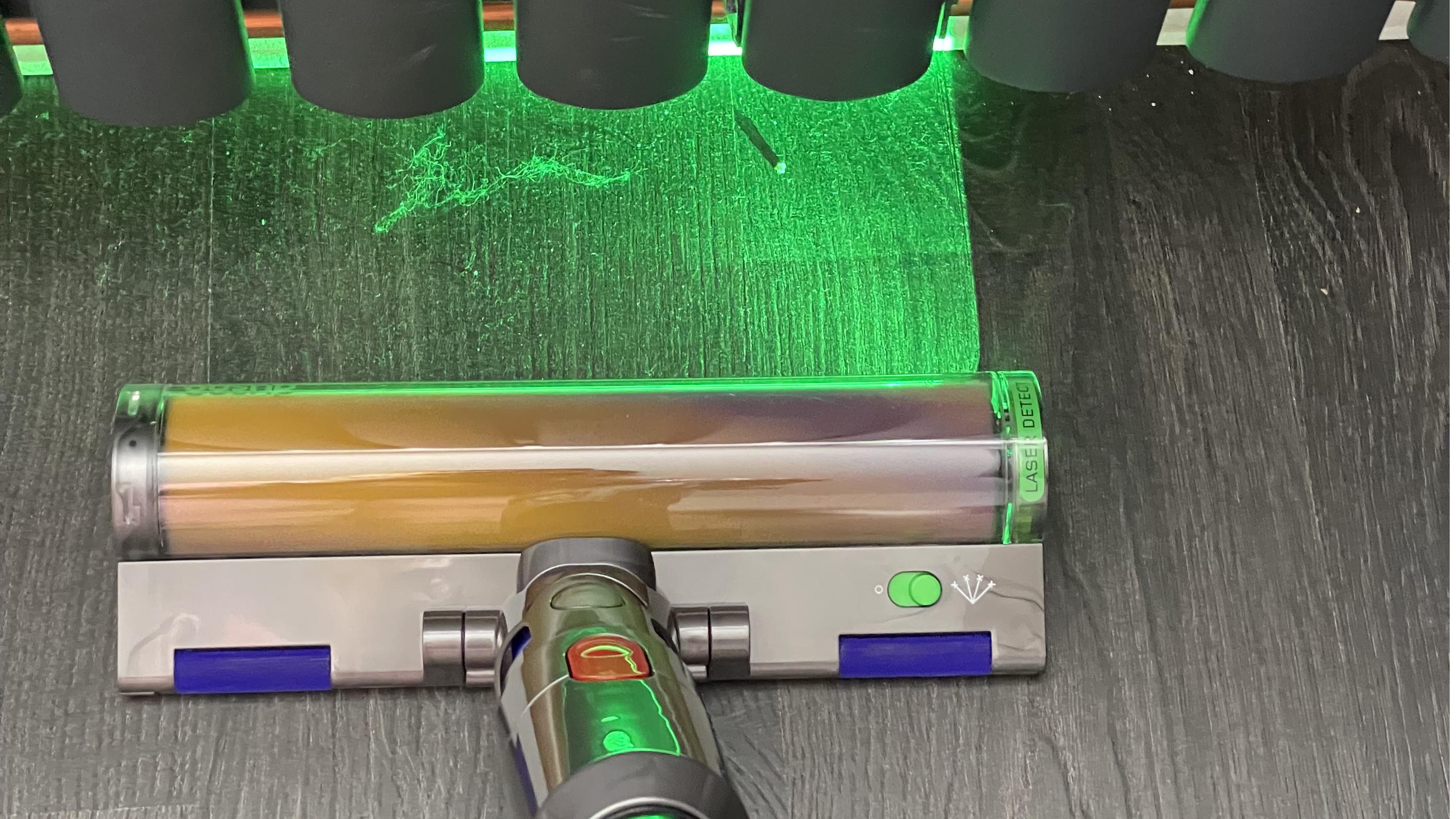 Dyson V15 Detect's Laser Slim Fluffy cleaning head