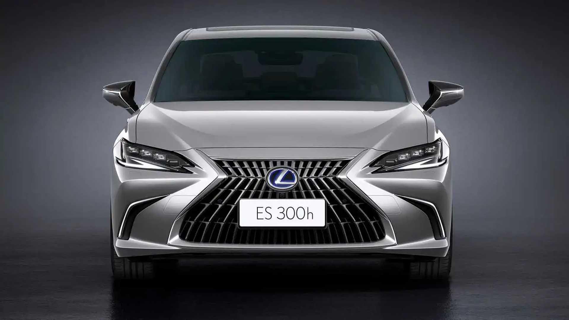Lexus ES 2022 front view