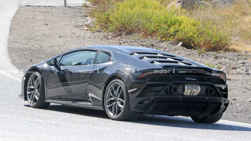 Lamborghini Huracan Evo Test Car Spied With Strange Engine ...
