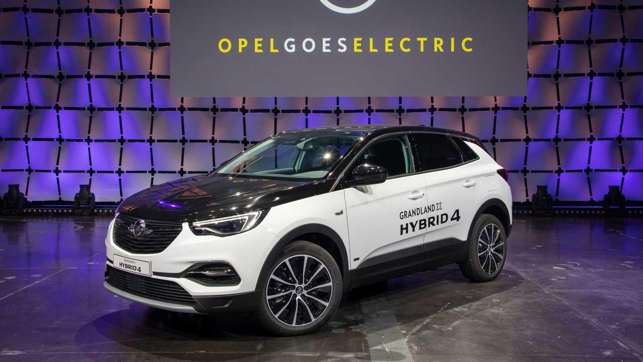 Opel Grandland X Hybrid4 Priced From 49 940 In Germany