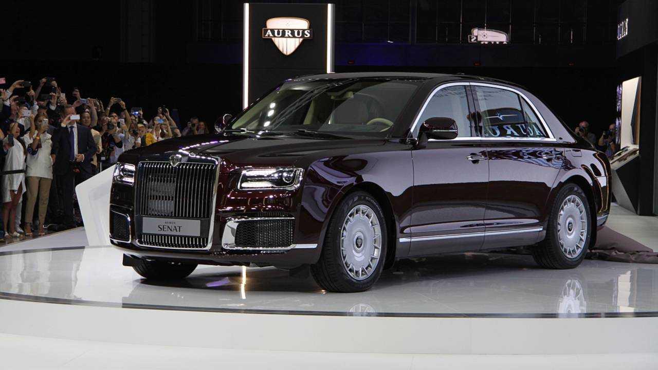 Aurus Senat Lets Rich Russians Share A Ride With Vladimir