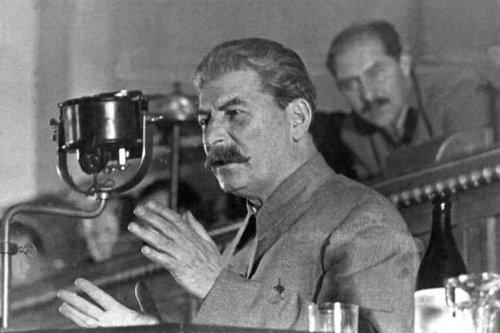 15_interesnykh_faktov_o_Staline3.jpg (33 KB)