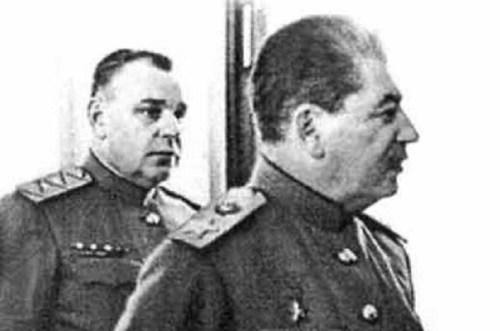 Nikolay-Vlasik-Stalin-01.jpg (87 KB)