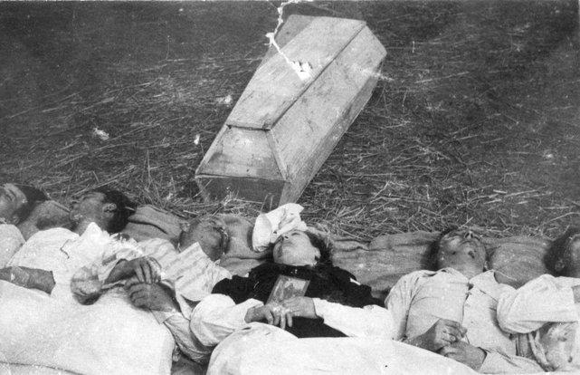 Chołopecze, powiat Horochów, Wołyń. Czesi pomordowani przez Ukraińców we wsi Chołopecze