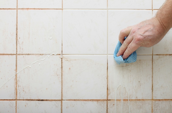 remove mold from tiles