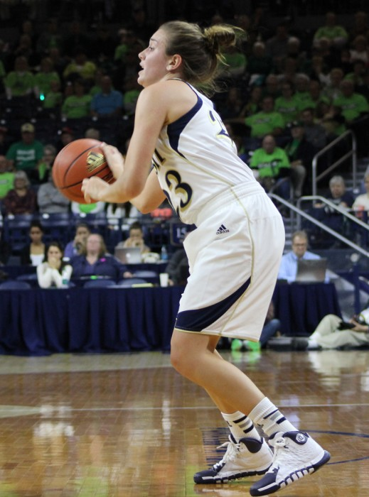 Irish sophomore guard Michaela Mabrey looks to shoot during Notre Dame's 99-50 victory over UNCW on Nov. 9, 2013.