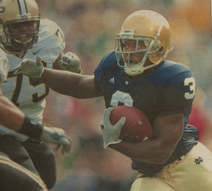 Darius Walker carries the ball for the Irish during a 35-21 win over Purdue on Sept. 30, 2006 at Notre Dame Stadium. The Irish finished the 2006 season, Walker's last, with a 10-3 record.