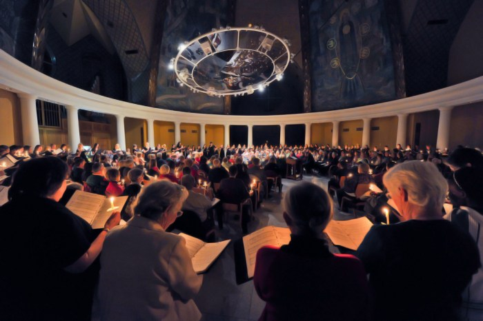 """Community members, Saint Mary's students and Sisters of the Holy Cross attend last year's """"Lessons and Carols."""""""