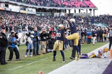 C.J. Prosise and Malik Zaire celebrate an Irish touchdown.