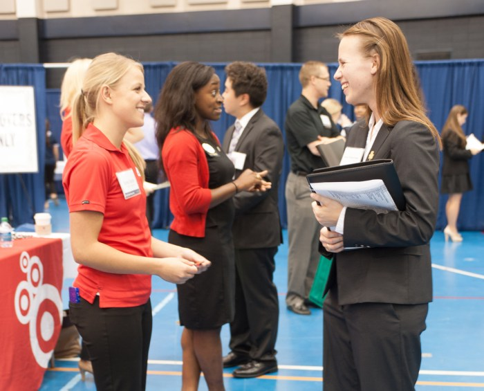 Students will meet with business representatives from 133 employers tonight in hopes of professional experience, whether it may be a job after graduation or a summer internship.