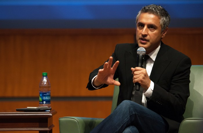 Reza Aslan speaks in the Jordan Auditorium of the Mendoza College of Business on Thursday night.