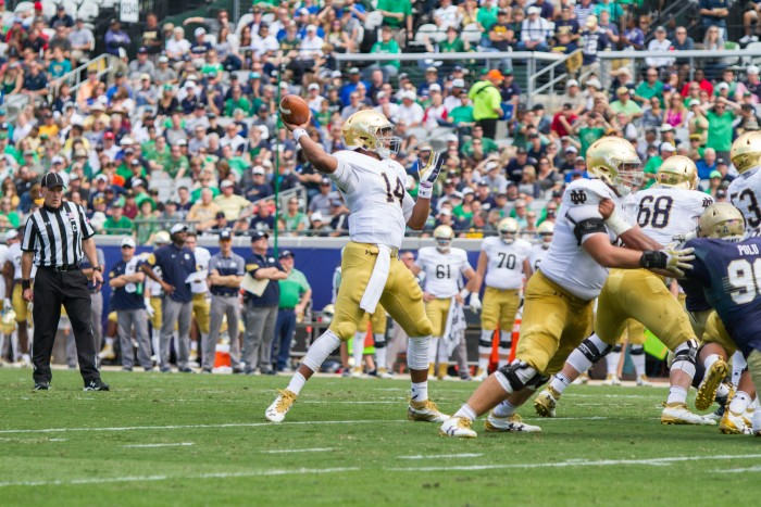 DeShone Kizer throws one downfield during Notre Dame's 27-28 loss to Navy.