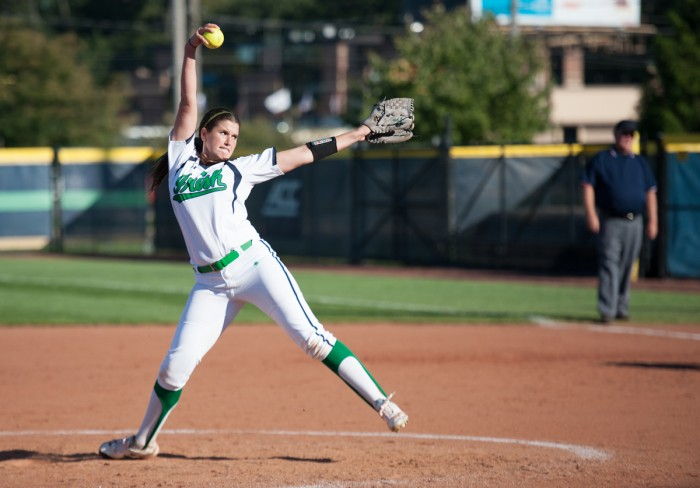 Irish senior right-handed pitcher Rachel Nasland delivers a pitch during Notre Dame's exhibition game with Illinois State on Oct. 9 at Melissa Cook Stadium.