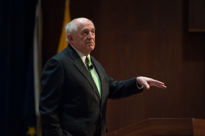 The undergraduate minor in constitutional studies sponsored a lecture by libertarian, political scientist and writer Charles Murray at McKenna Hall on Tuesday, discussing political climates.