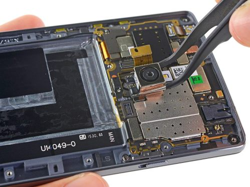 camera_removable_teardown_oneplus_2_ifixit.jpg