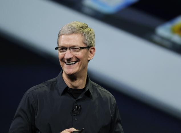 Apple-CEO-tim-cook-close-635.jpg