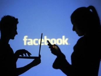 facebook_mobile_laptop_reuters.jpg